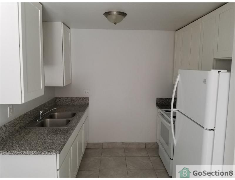 One Bedroom Apartment on Chamoune Avenue