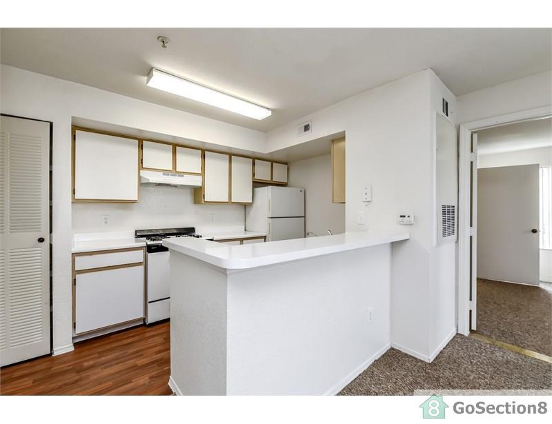 Three Bedroom Apartment on 907 South Kirkman Road